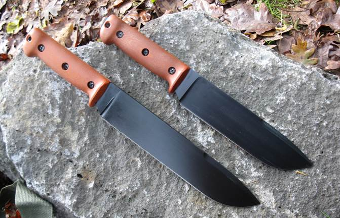Prototype 1095 UTK0200 (top) and UTK0255 (bottom) Utility Tool Field Knives from 2011